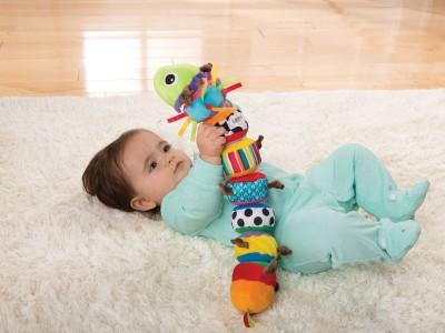 Jucarii bebelusi pentru dezvoltare armonioasa