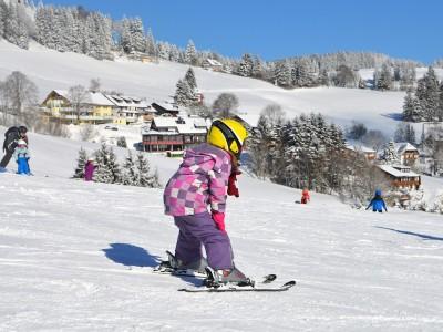 Sporturile de iarna, foarte potrivite pentru copii